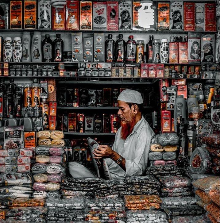 Street Shopping in Mumbai – Chor Bazaar